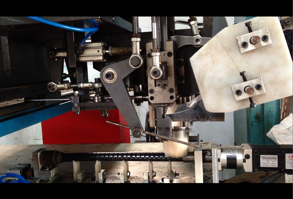 5 axis ceiling brush drilling and tufting machine