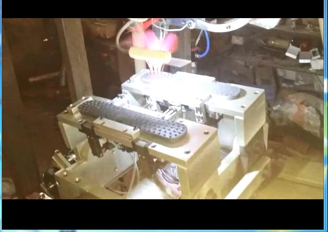 5 axis broom tufting machine