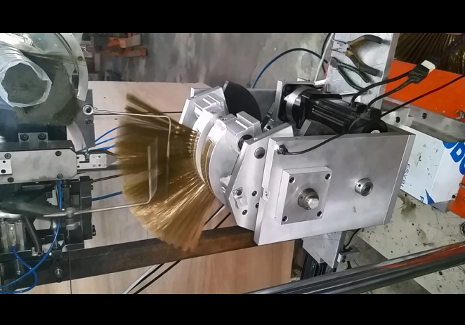 3 axis fan broom tufting machine